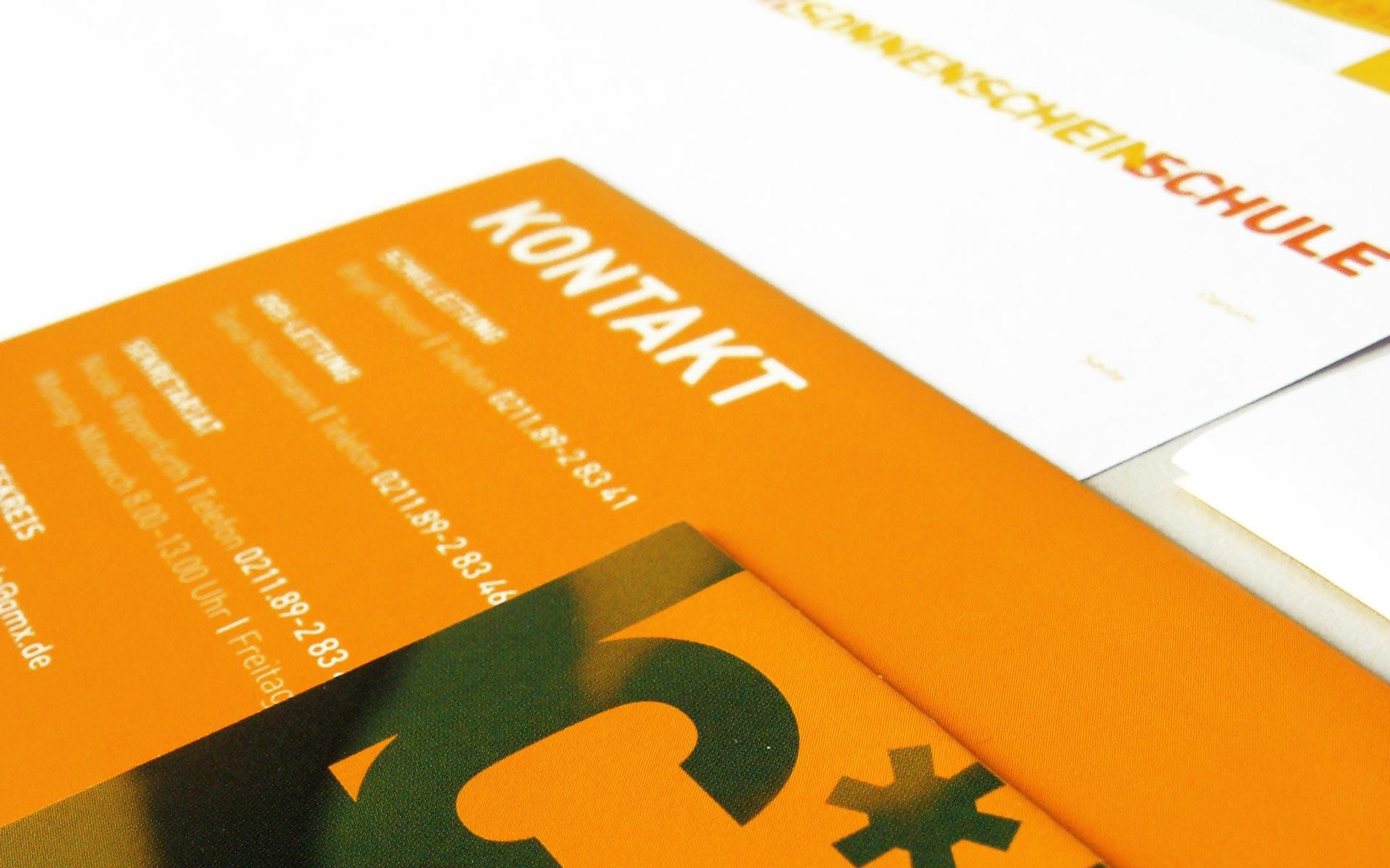 Carl Sonnenschein Schule Corporate Design, Typografie