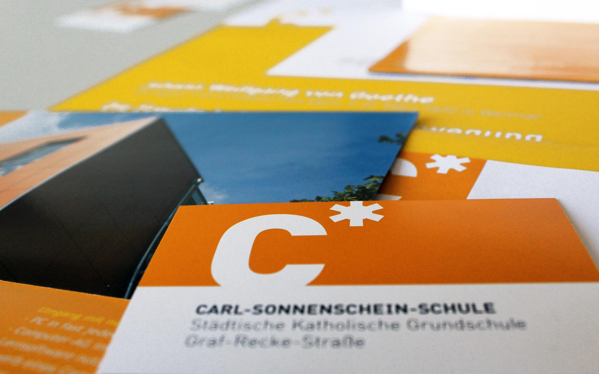Carl Sonnenschein Schule Corporate Design, Kommunikationsmittel
