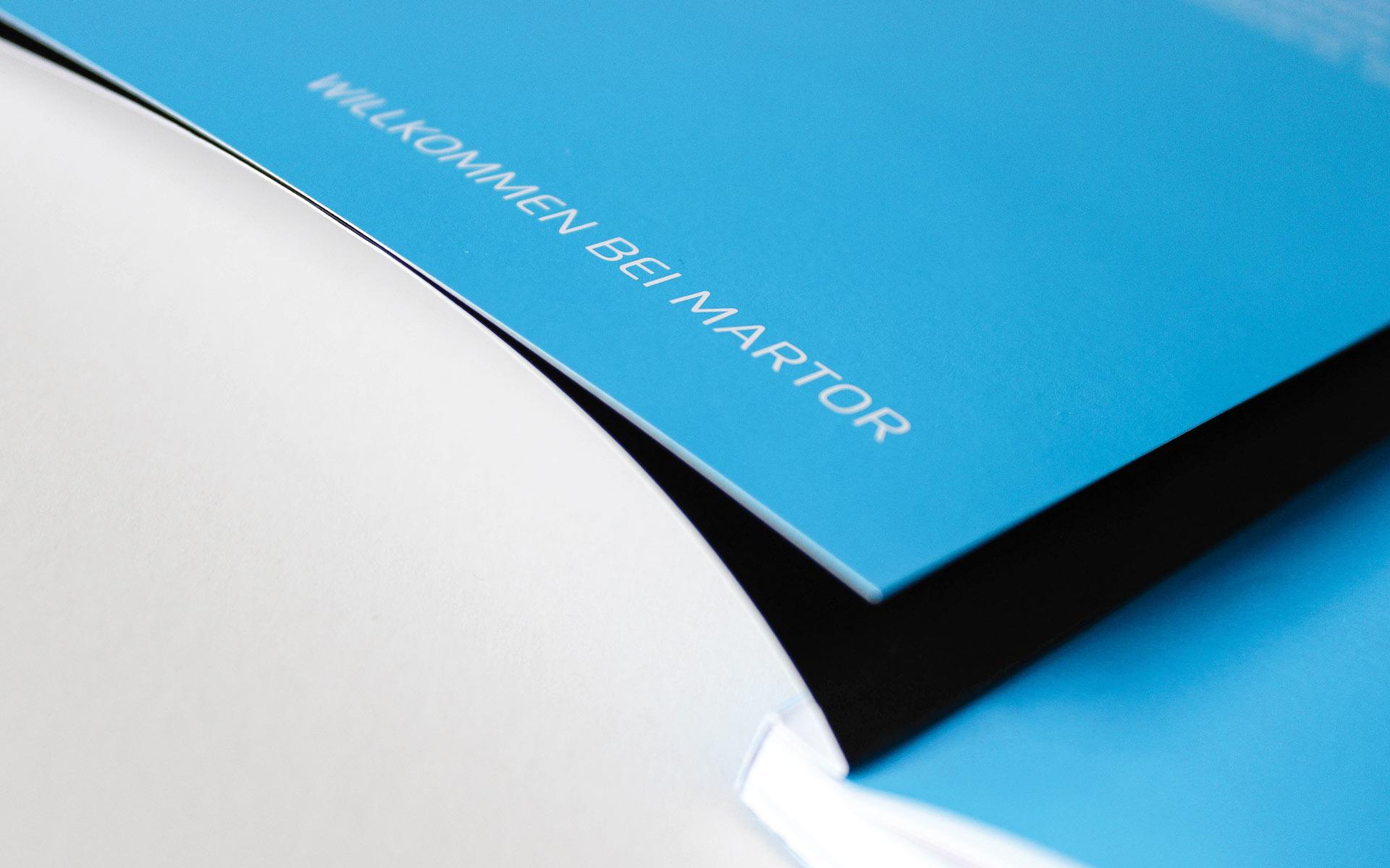 MARTOR Broschürenkonzept, Sicherheitsmesser Katalog, Detail des eingeklappten Titel