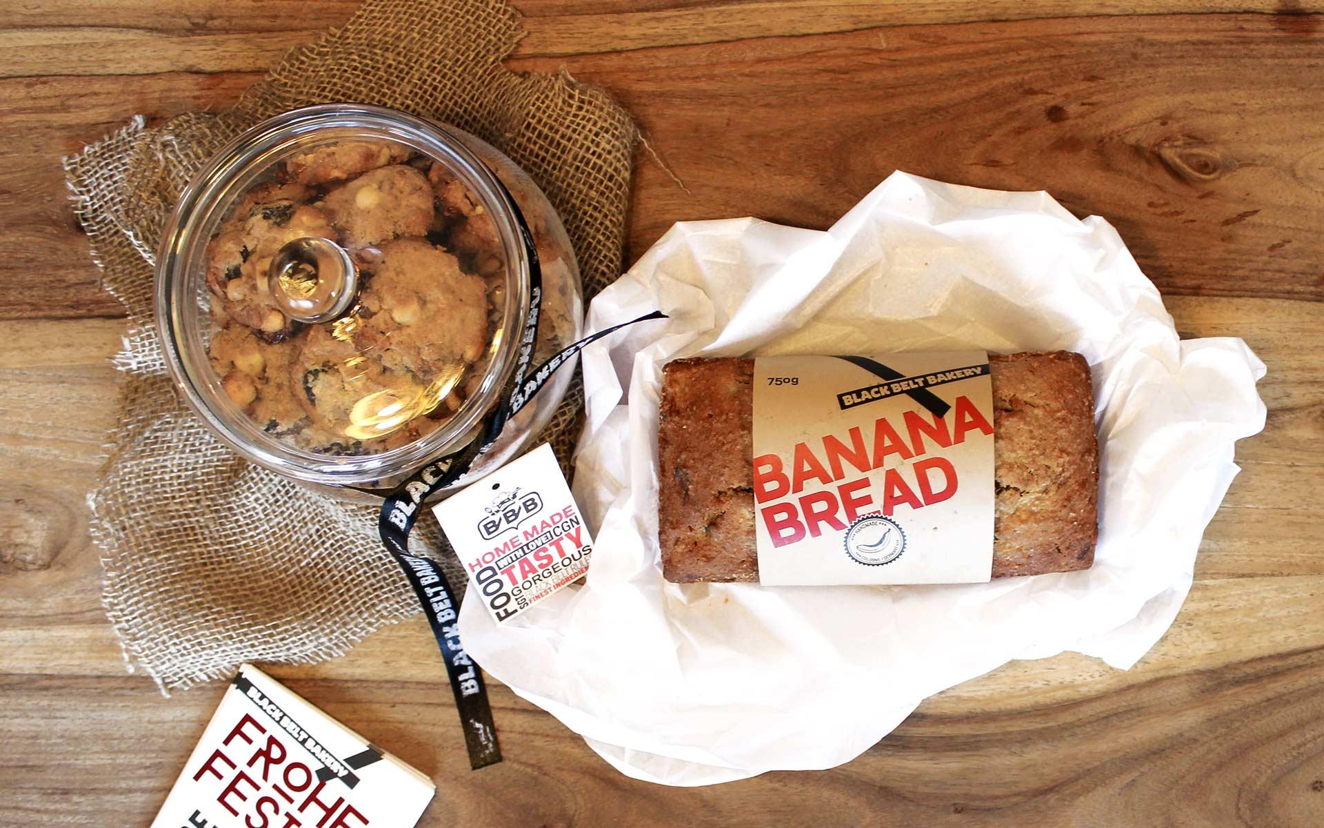 Black Belt Bakery Corporate Design, Verpackung, Bananenbrot und Cookies
