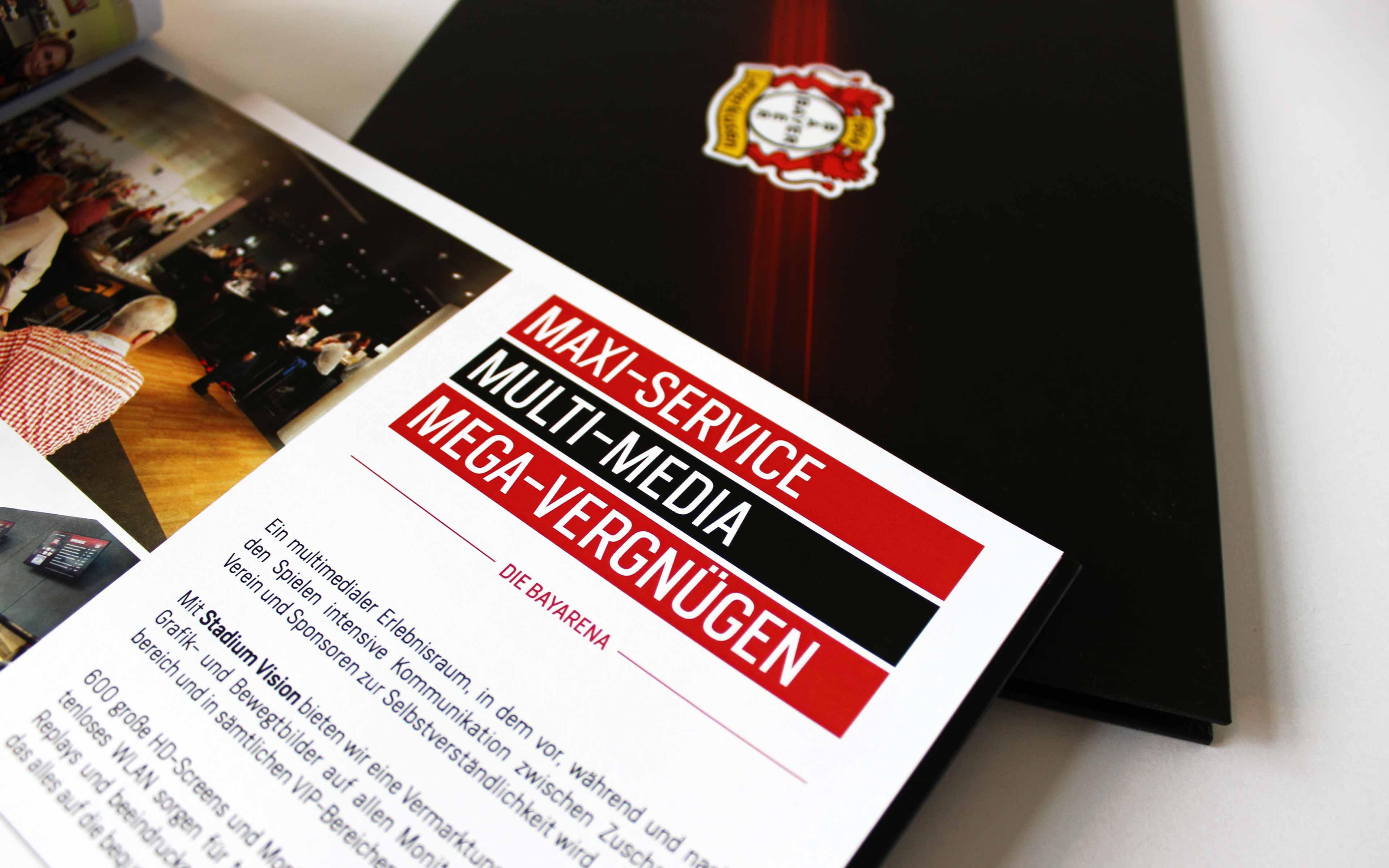 Bayer 04 Leverkusen Vermarktungsbroschüre, Headline-Typografie