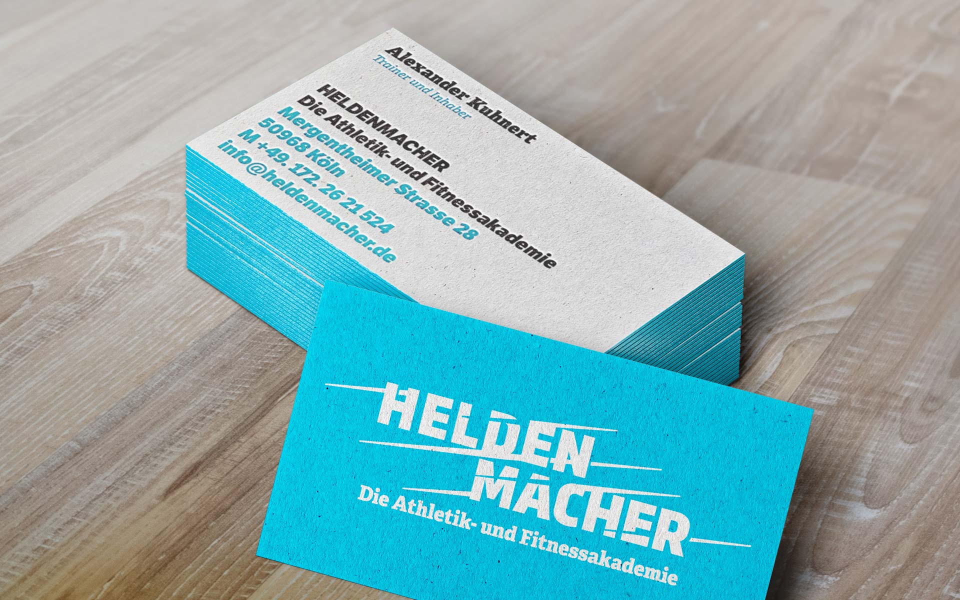 Heldenmacher Corporate Design & Website, Visitenkarten