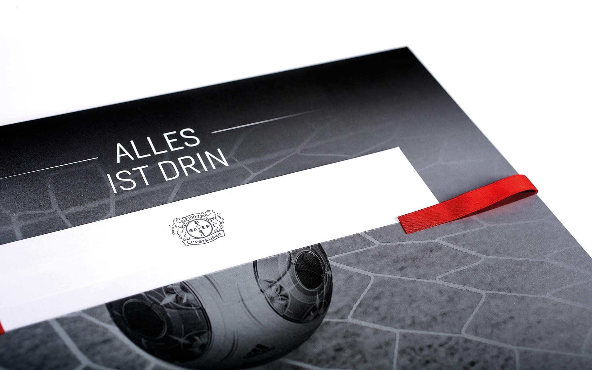Bayer 04 VIP-Ticketbox, Anschreiben, oberste Lage in der Box