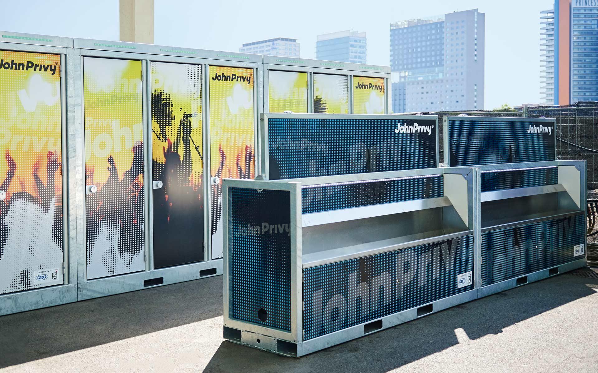 John Privy® Brand Identity, Einsatz auf dem Festival, Branding der Wash-und WC-Unit