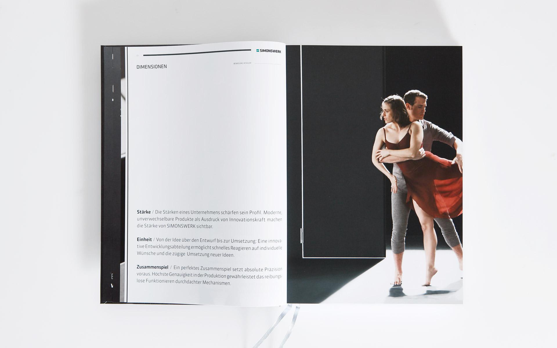 Simonswerk Kompendium 2012, Handbuch, Doppelseite, Image