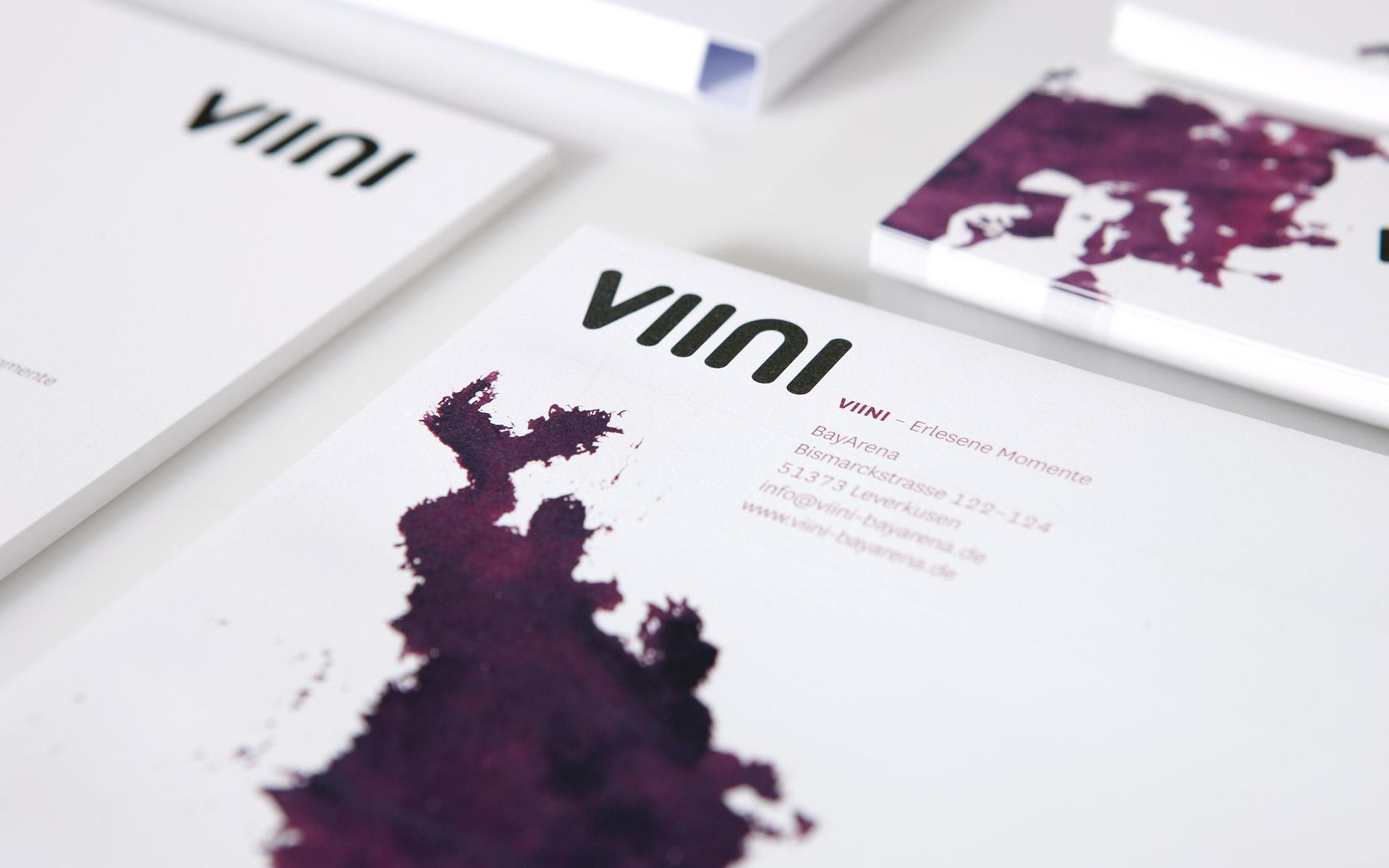 VIINI Brand Identity, Corporate Design, Typografie und Logo auf der Geschäftsausstattung