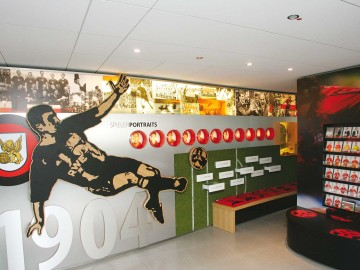 Bayer 04 Foyer BayArena, Brand Space, Spielerportraits
