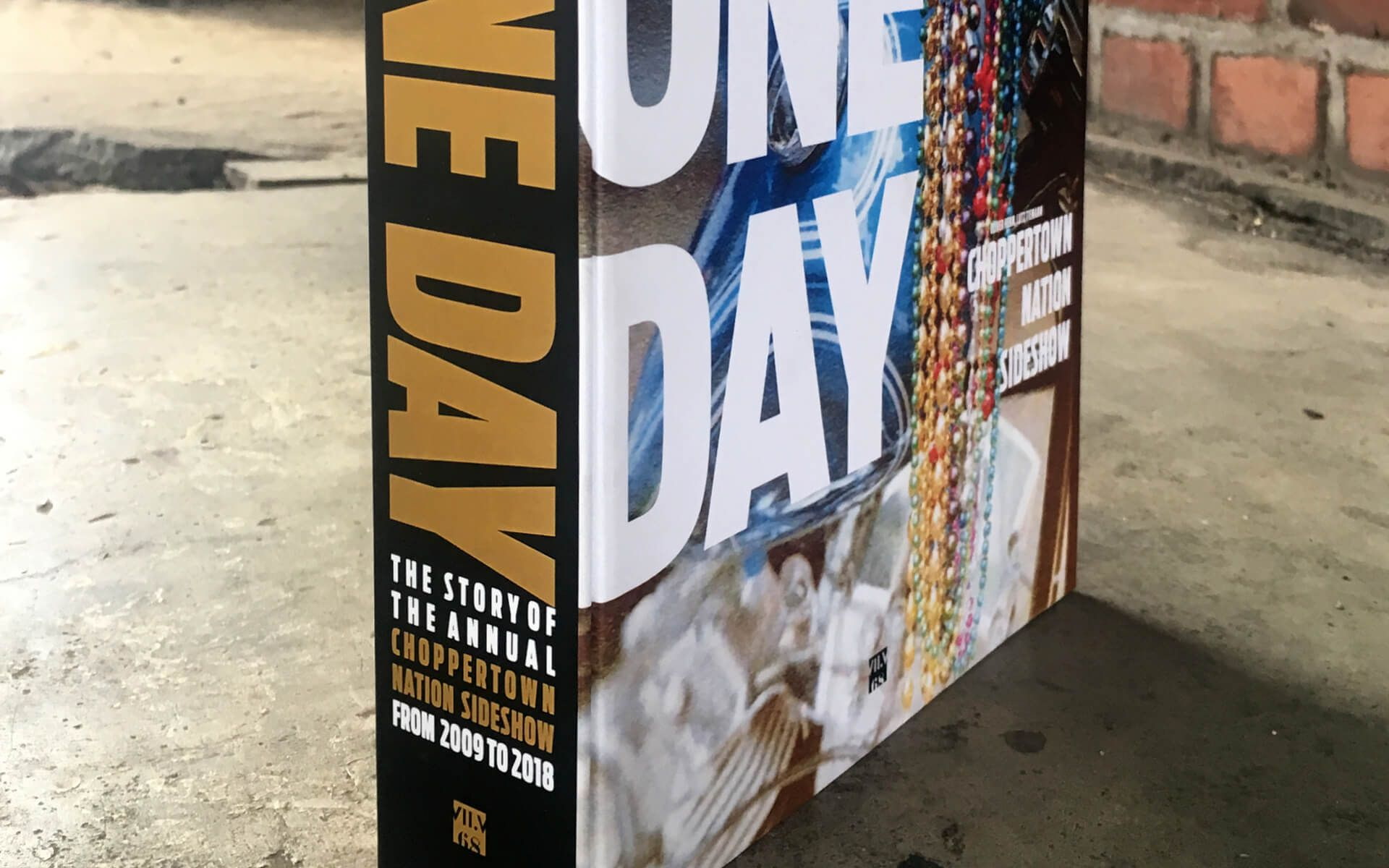 Titel, FOR ONE DAY – Choppertown Nation Sideshow, Kaldenkirchen, Buchgestaltung, Editorial Design