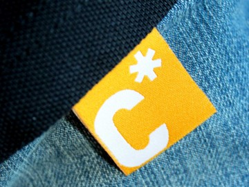 Carl Sonnenschein Schule Corporate Design, Flaglabel mit Logotype