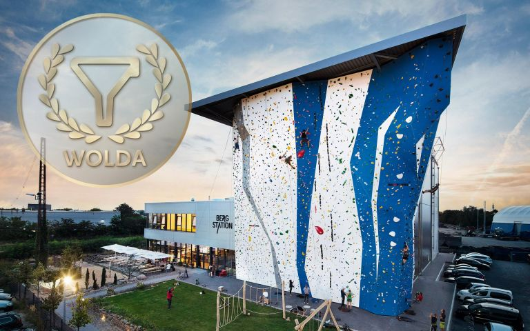 WOLDA Award 2018, World of Logo Design Award, Logo Award, Bergstation, stay golden